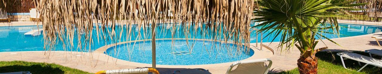 Zwembad last minute vakantie boeken
